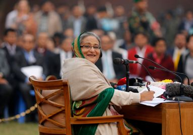 Bangladesh's Prime Minister Sheikh Hasina speaks during a media conference in Dhaka January 6, 2014. Bangladesh's ruling Awami League won a violence-plagued parliamentary election whose outcome was never in doubt after a boycott by the main opposition party. REUTERS/Andrew Biraj (BANGLADESH - Tags: POLITICS ELECTIONS)