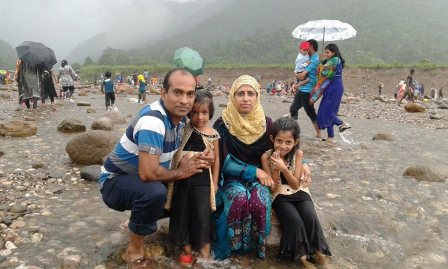 Family0- (16)